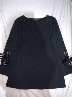 Black ribbon top 🖤✨