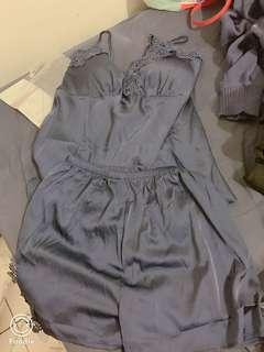 全新深藍睡衣