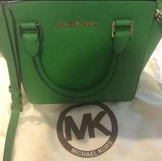 💯Authentic Michael Kors Sling Bag