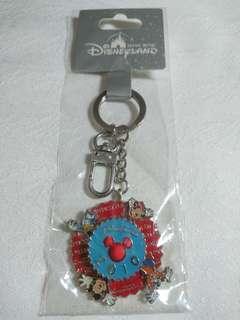 🚚 【全新】香港 迪士尼 HK Disney 5周年 限定版 2010 鑰匙圈 絕版