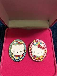 Hello Kitty and Daniel 襟章 (Sanrio)