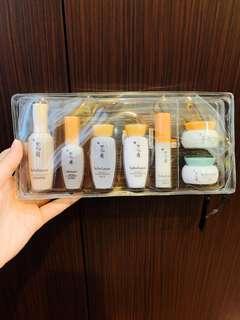 🆓📮Sulwhasoo Travel Kit