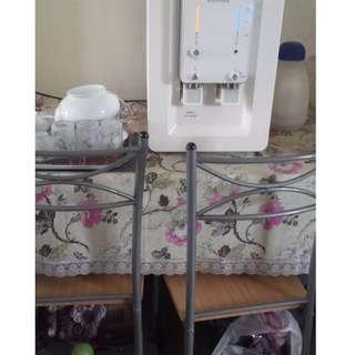 [SOLD] Home clearance - Meja makan + 4 chair