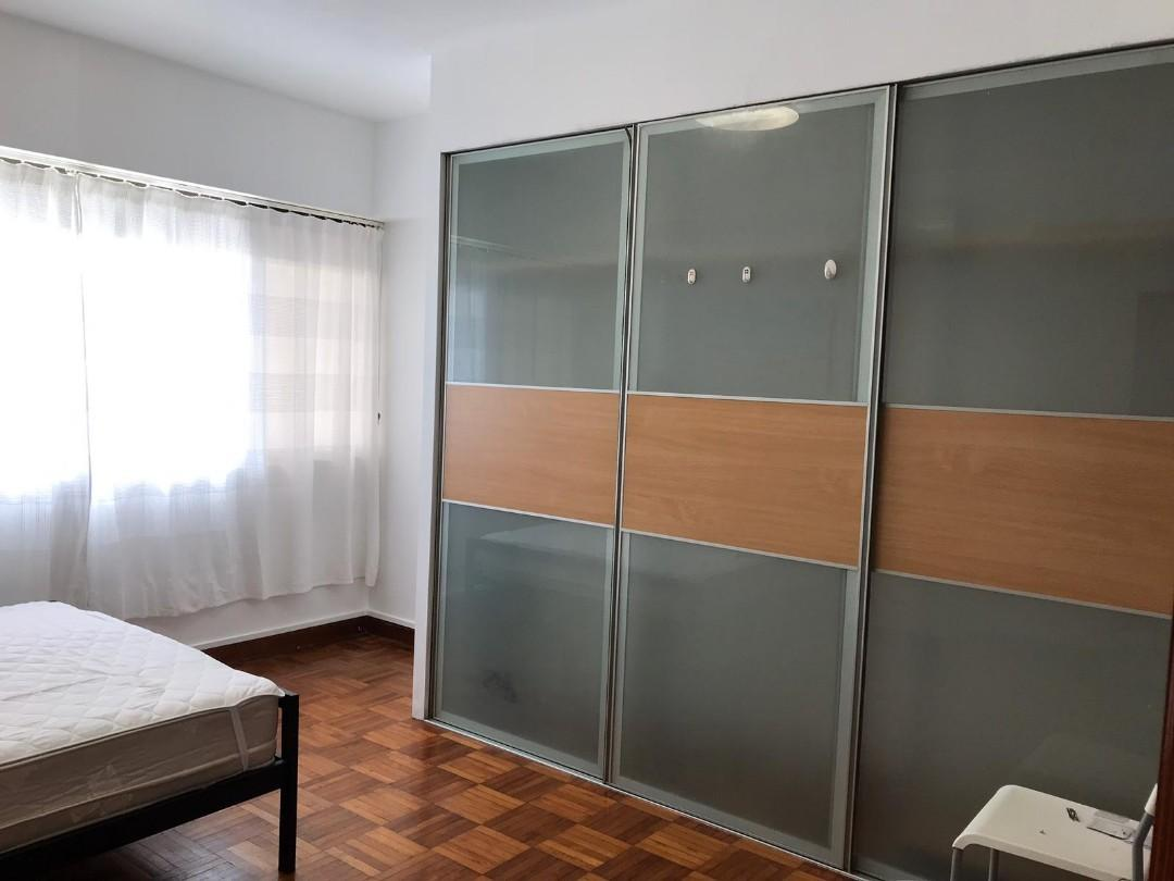 Big Master room no owner stay