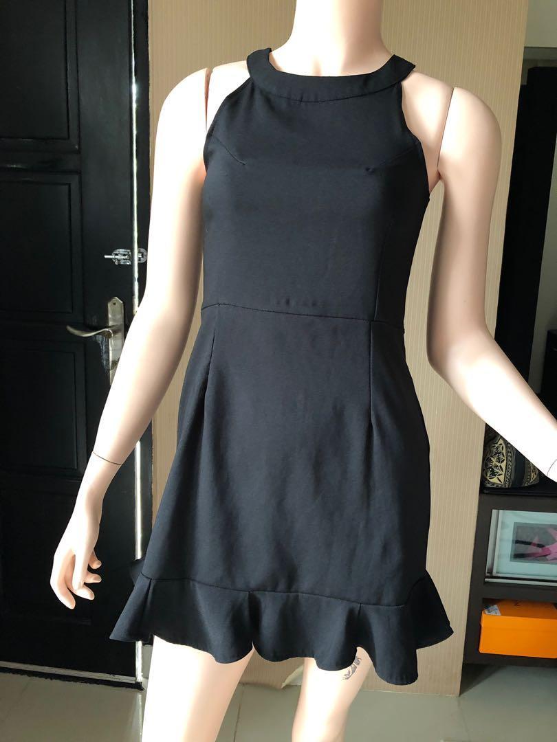 Black Dress/halter neck dress ❤️