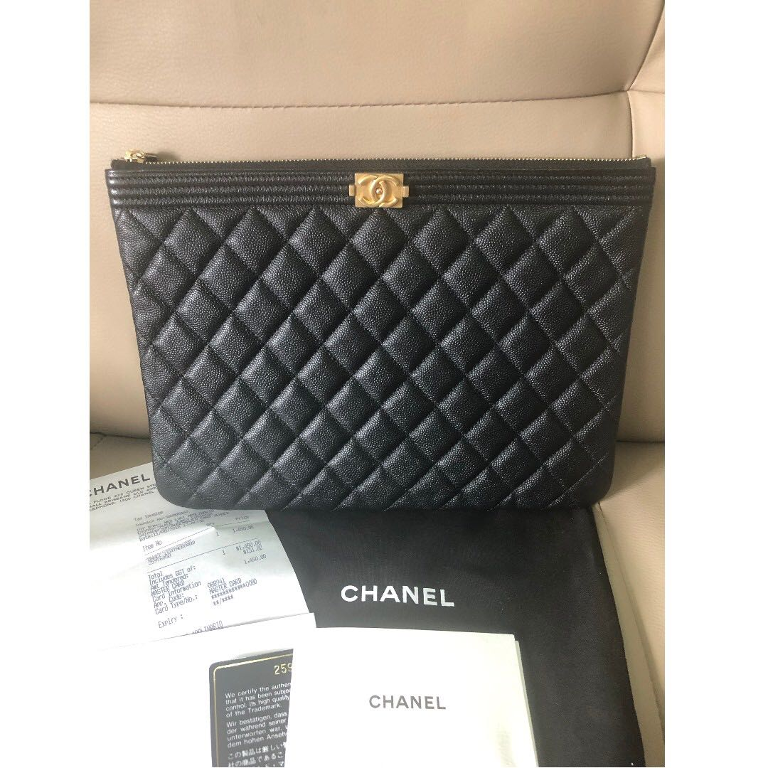 686976935a00 Boy Chanel Pouch in black caviar leather, Luxury, Accessories on ...