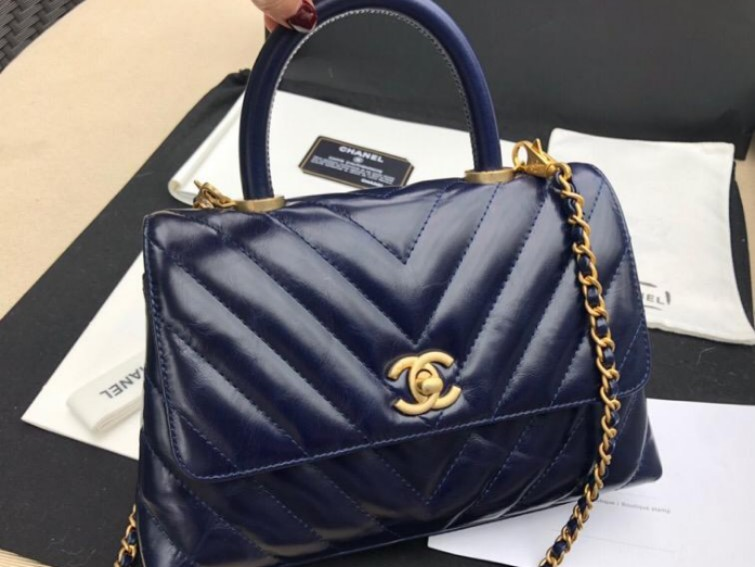 66183a2f19fb Chanel Coco Handle, Luxury, Bags & Wallets, Handbags on Carousell