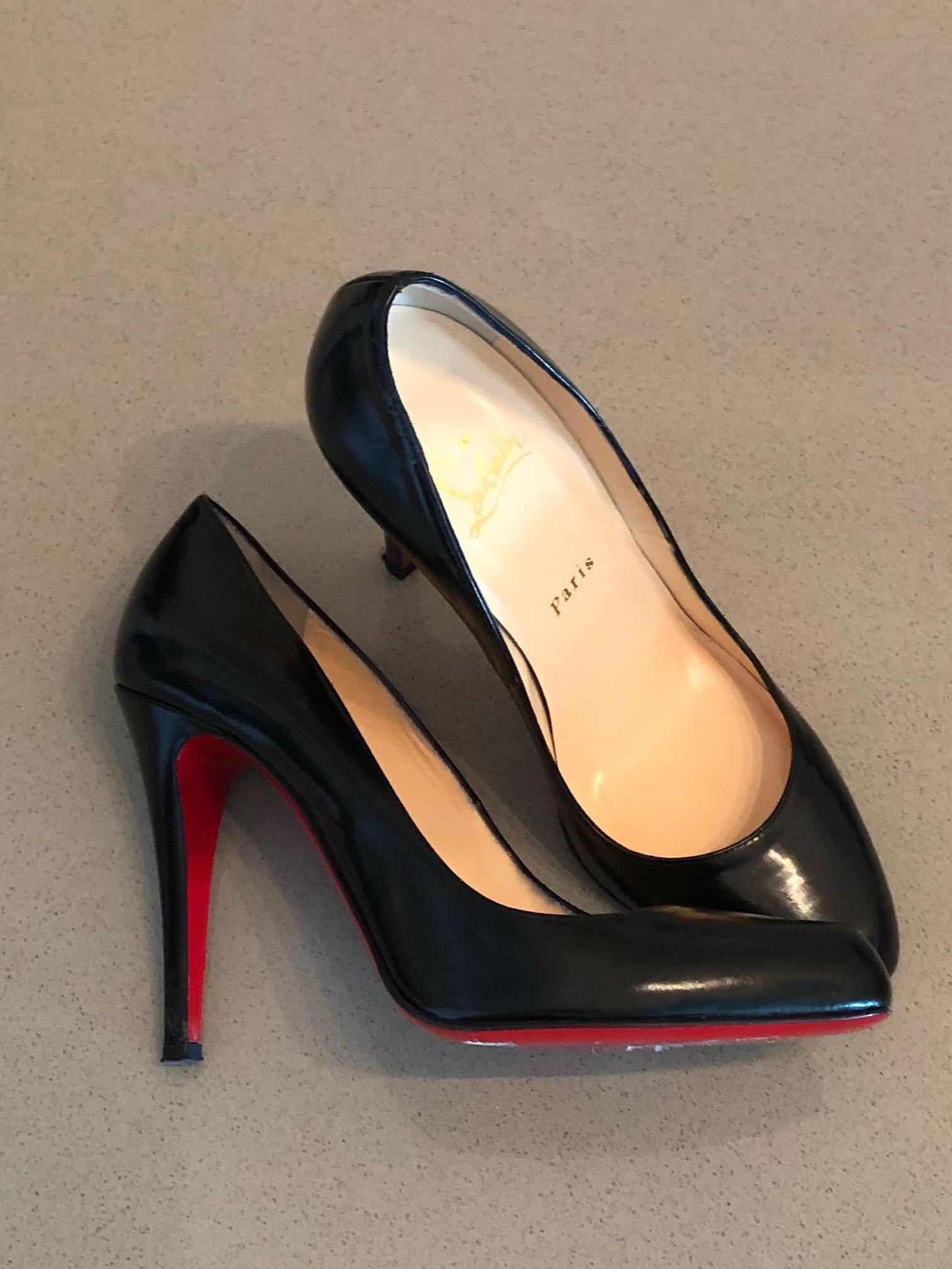 a5f976dd2ecb Christian Louboutin Black Decollete Pumps - Excellent Condition ...