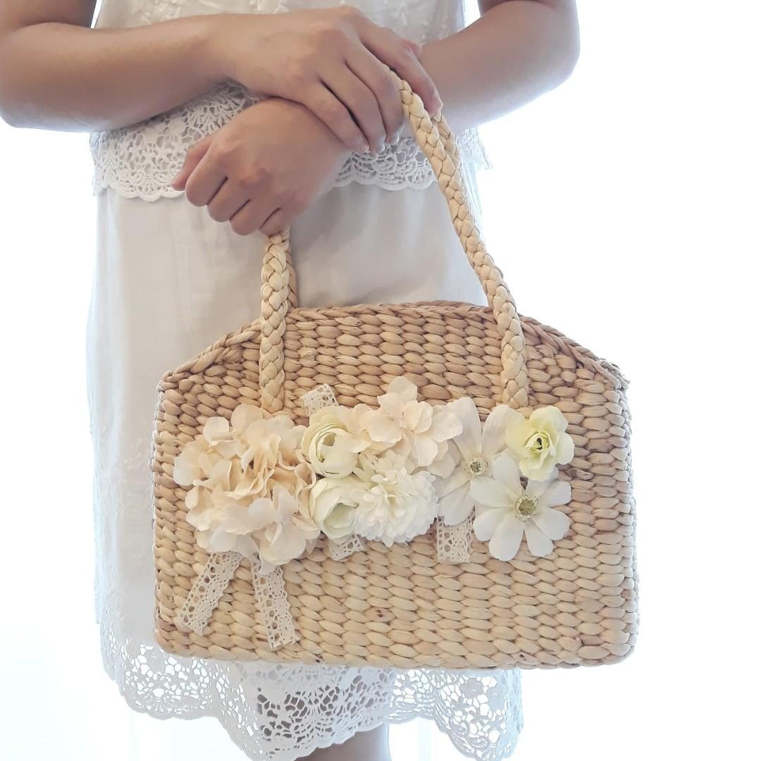 Elegant Flower Bag Tas Enceng Gondok Dengan Hiasan Bunga Artificial Premium