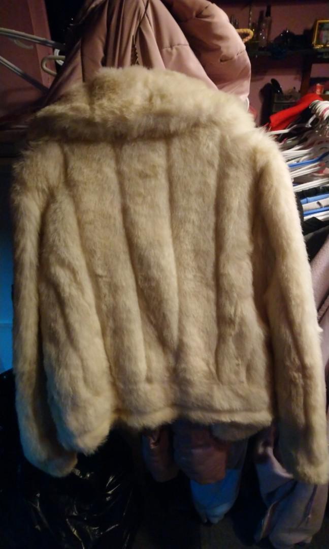 Fake fur coat xs