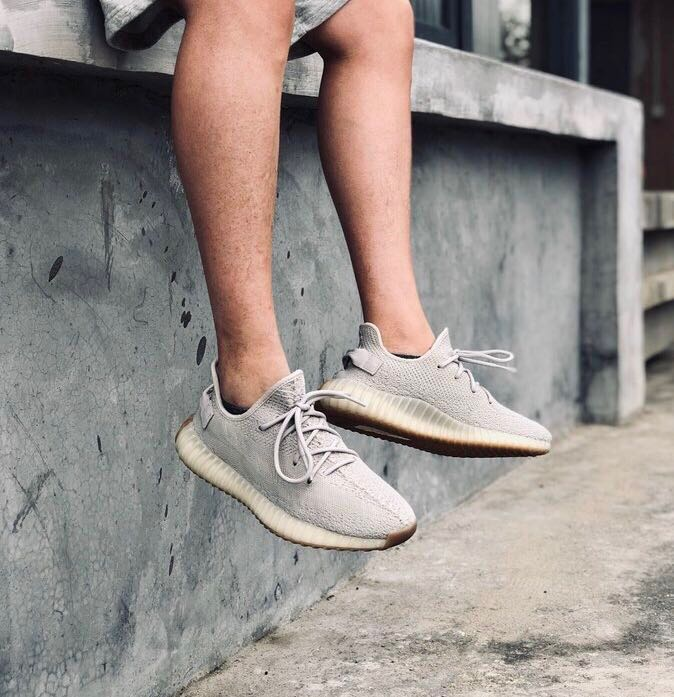 separation shoes 88c7e b5eeb In Stock) US9 adidas Yeezy Boost 350 v2 Sesame, Men's ...