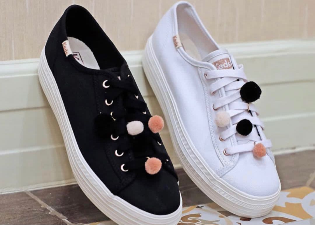 acc5353a05ad6 Keds white sneakers with pom pom