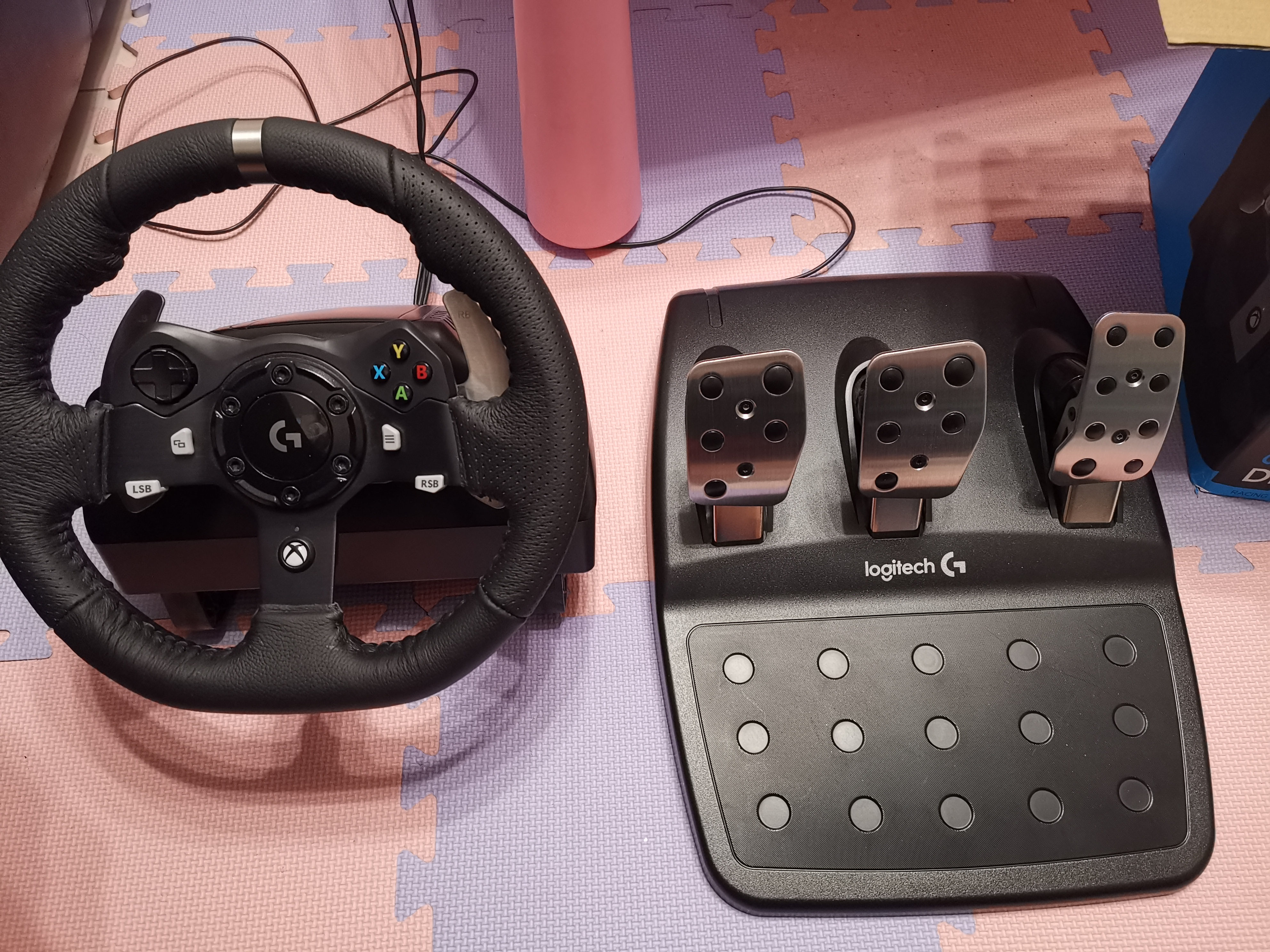 25842c8cd98 Logitech G920 Driving Force Racing Wheel and Pedals (Xbox One and PC ...