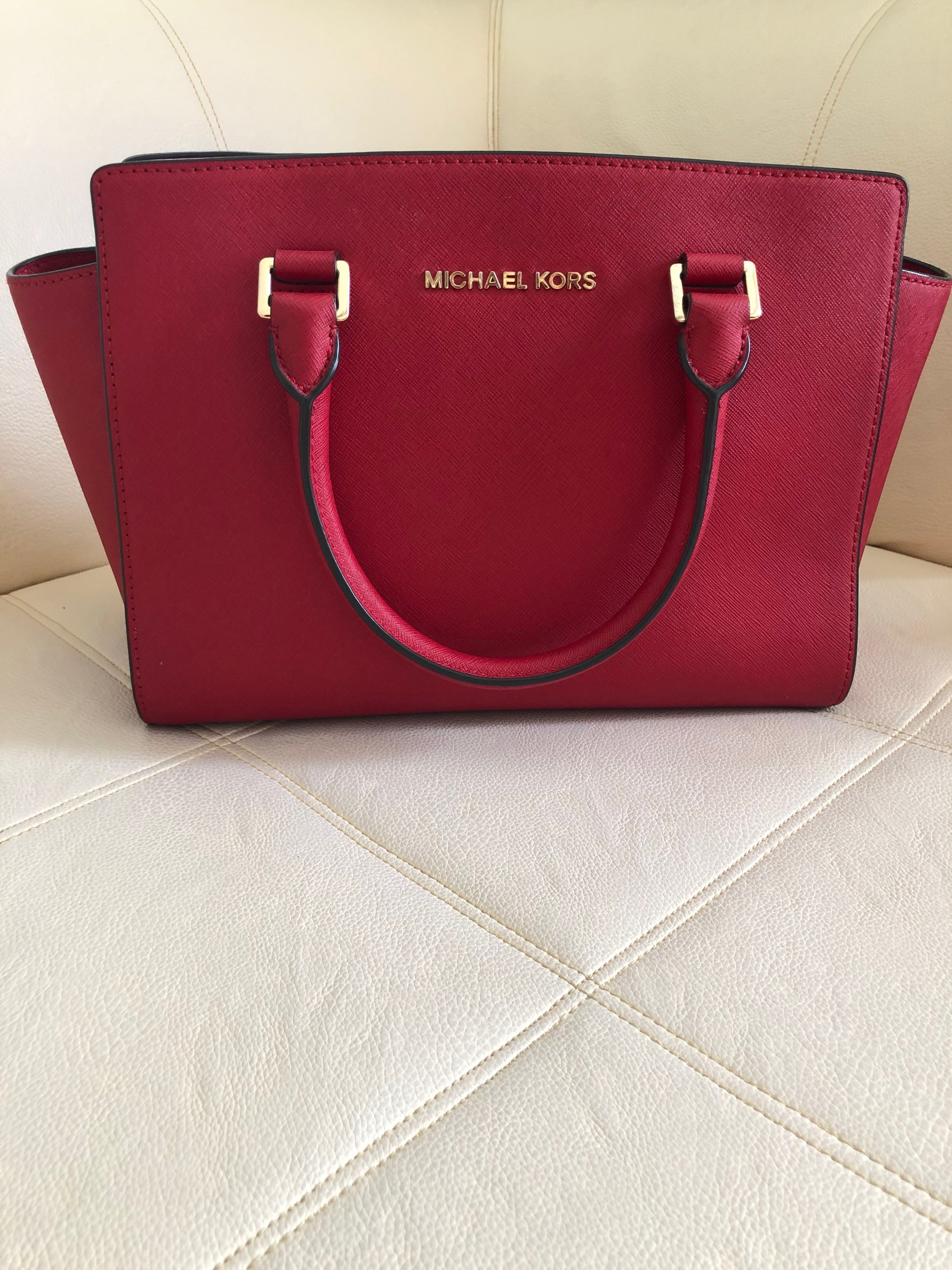 2f8005f557d Michael Kors Bag (authentic), Luxury, Bags & Wallets on Carousell