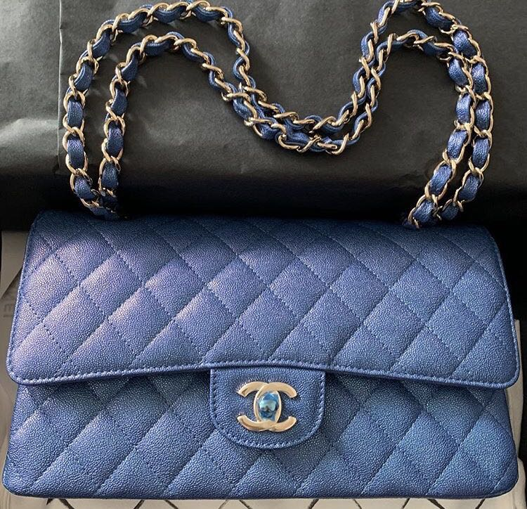 899defde947d 😱😱MOST SOUGHT AFTER - Chanel 19S iridescent blue medium ! Full set with  SG receipt 😱😱, Luxury, Bags & Wallets, Handbags on Carousell