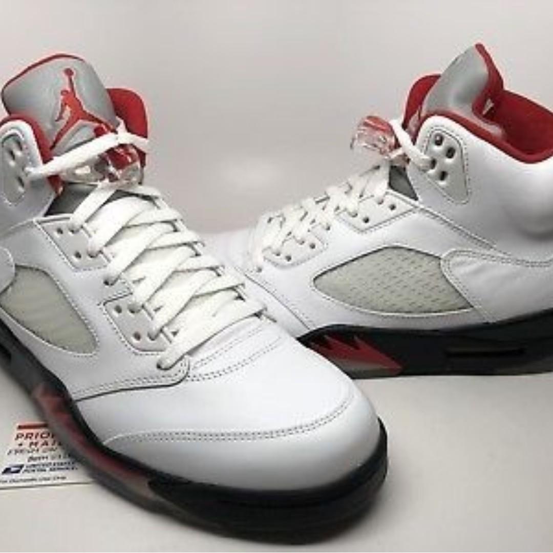 new concept db78b 33f4a Nike Air Jordan 5 Retro 2013 Fire Red shoes (Air Jordan V) US 10.5 New  Rukawa Kaede, Men s Fashion, Footwear, Sneakers on Carousell