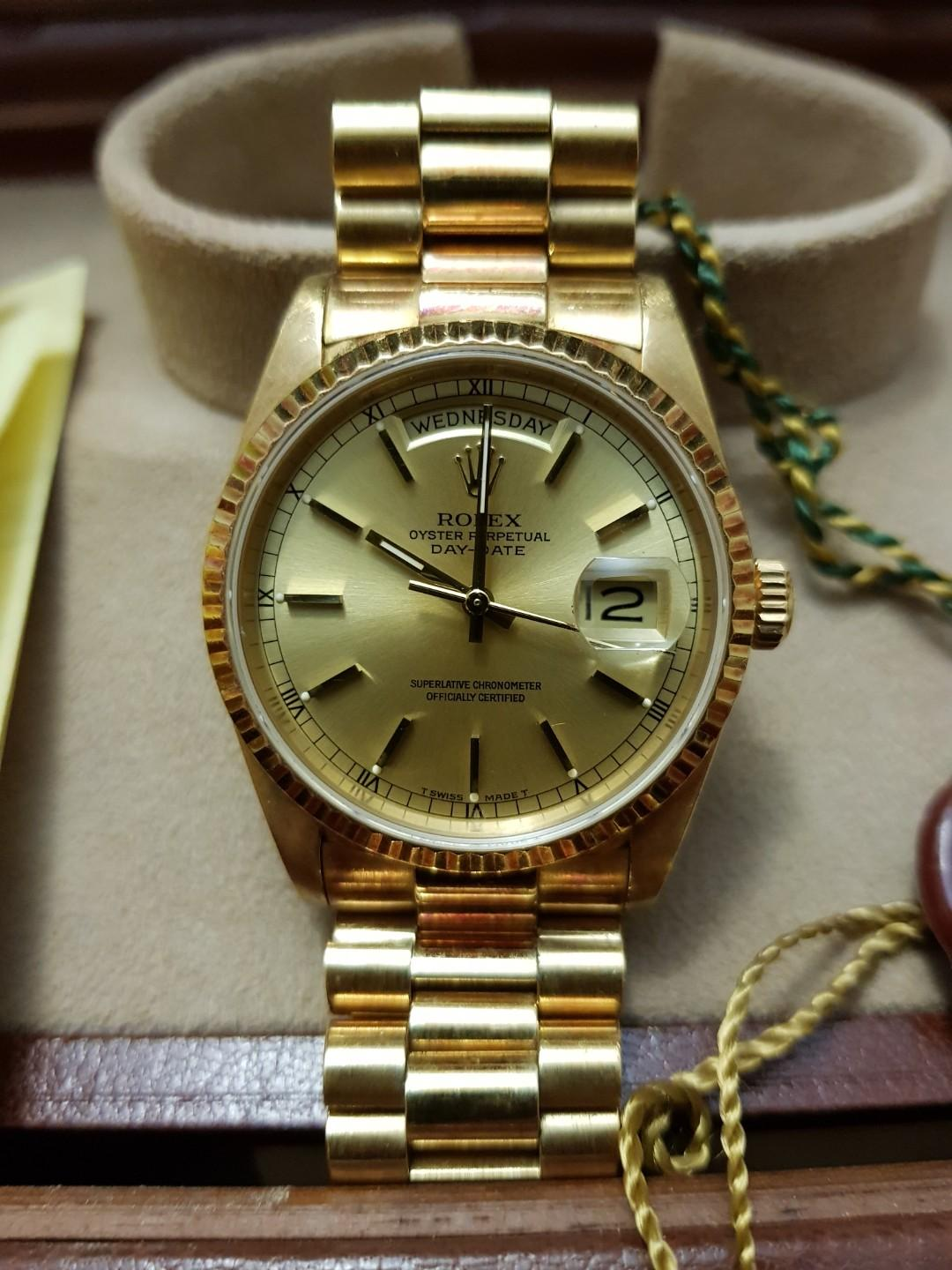 Rolex Mens Day-Date Solid Gold 18238