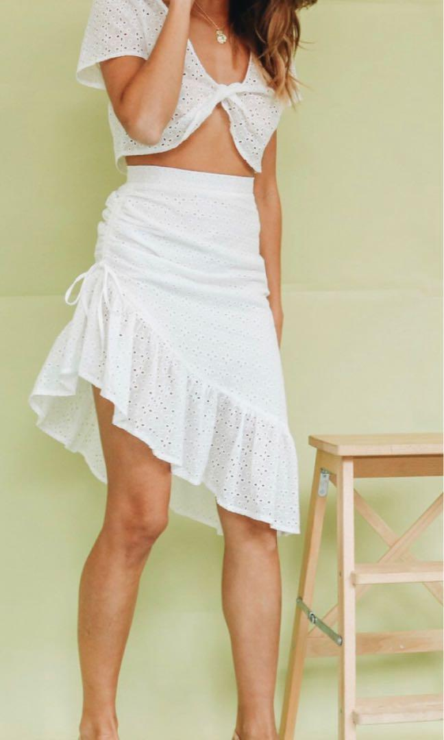 Verge girl lace skirt