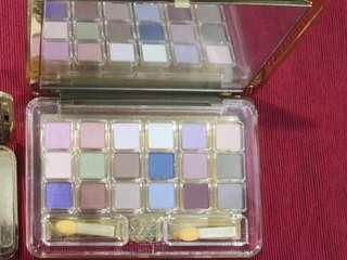 Estee Lauder Deluxe Eyeshadow Compact 18