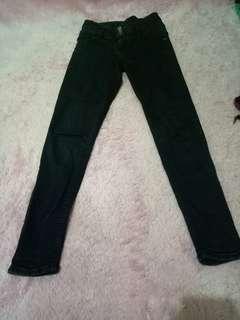 Celana Jeans Hitam hw