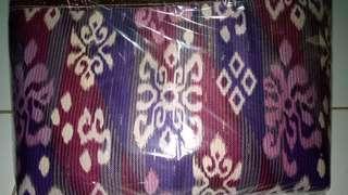 Tas selempang batik