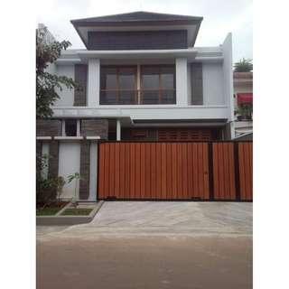 Rumah Baru Mewah Siap huni,lokasi paling strategis di pangkalan jati selatan jakrta,dekat fatmawati,simatupang