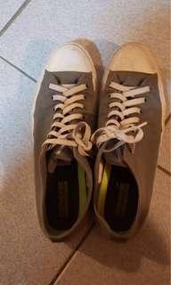 Men's size 12 grey converse