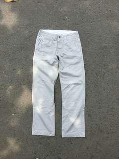 Uniqlo Celana Chino Grey Size 30