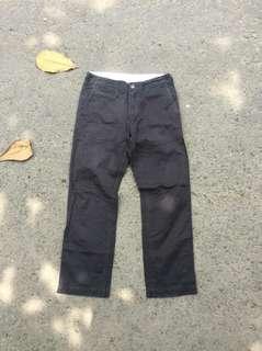 Uniqlo Celana Chino Black Washed Size 31
