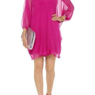 Gorgeous celebrity favorite DVF silk chiffon dress on sale!!