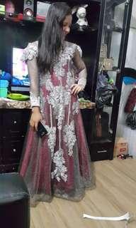 Gaun kondangan mewah