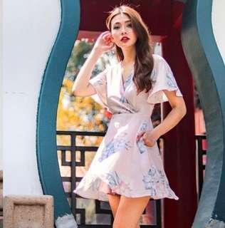 LOVET KARRINE KIMONO FLORAL DRESS WITH SASH IN BLUSH / PINK (M)