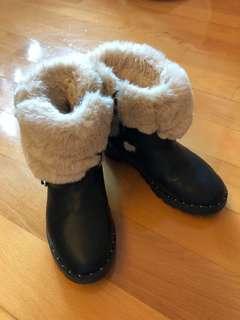 黑色毛毛鞋