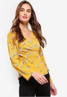 🎀[3 for $26] Yellow Floral Wrap Blouse