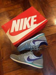 new style 63c2b bcf87 Nike Internationalist gray purple silver