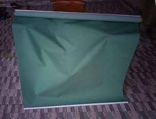 Roller blind green color