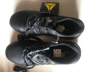 Deltaplus safety shoes