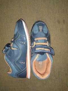 Sepatu anak merk bubble gummers