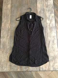 BLACK LONG LINE SHIRT | Size 8