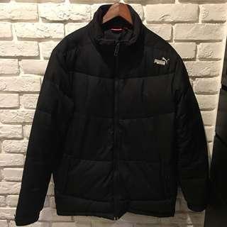 Puma 黑色羽絨外套。L   (版型偏大)