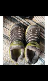 🚚 NIKE兒童魚骨鞋