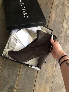 WILDFIRE BOOTS | size 7