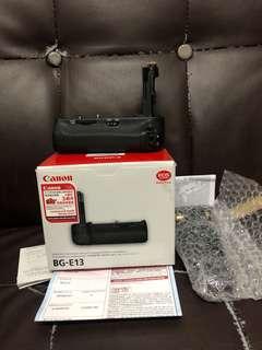新淨行貨全套有盒 BG-E13 BGE13 ( 6D 6D grip )