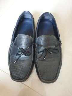 Preloved Pedro Loafers kulit asli