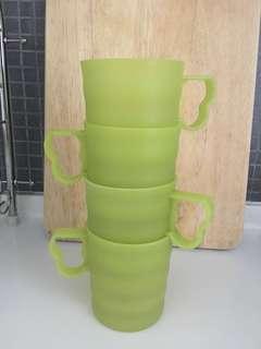 Tupperware green mugs (4 pcs)
