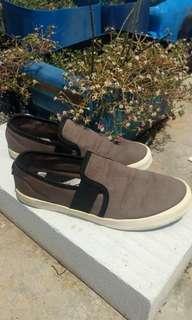 Antton n Co Slip On Not Nike Adidas Asics Onitsuka Converse vans puma