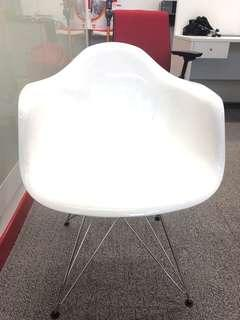 White Office Chair with Armrests