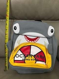 Ocean Park海洋公園鯊魚背囊 包平郵