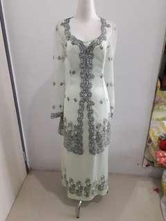 Gaun Dress Pesta Kebaya Hijau