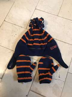 98e48ca1fe86b Old Navy winter hat and gloves